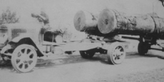 E.G. Mackay's solid tyred, petrol driven pioneer timber hauler Date of photograph: 1924