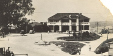 Victoria Hotel in Nambucca Heads. Now the site of Woolworths Date of photograph: probably late 1940's